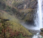 Hiking Multnomah Falls in Portland, OR