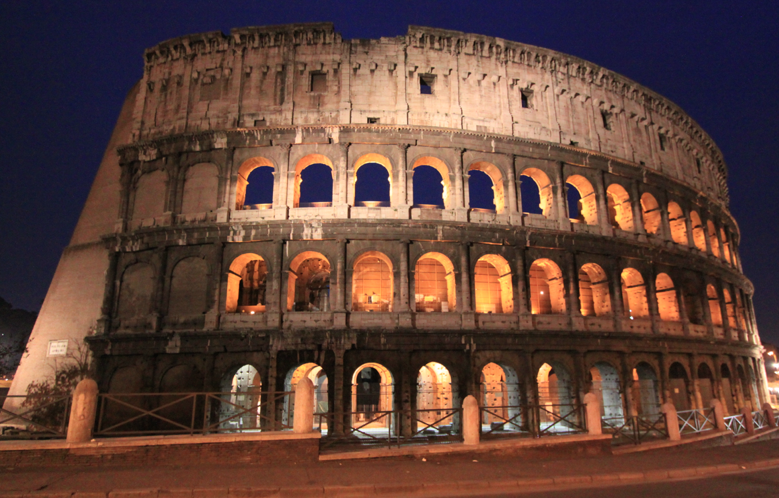 The beautifully lit Colosseum.